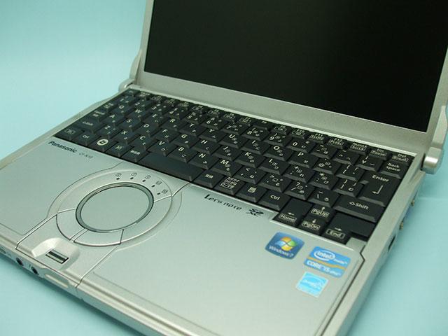 Panasonic Let's note CF-N10に新しいキーボードを取り付けたところ