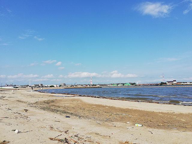 愛知県半田市 亀崎海浜緑地の砂浜 その2